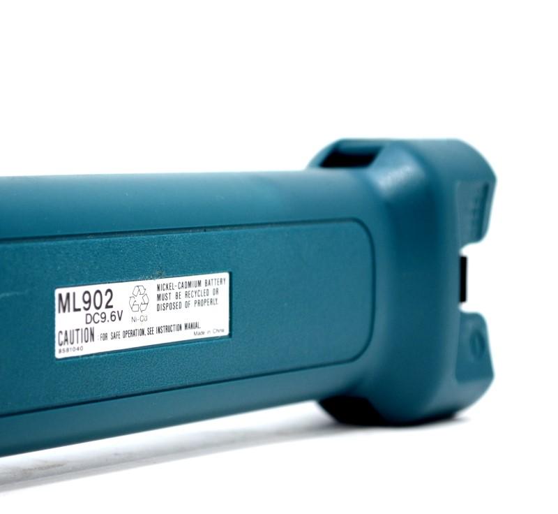 Makita ML902 9.2V Pivoting Head Flashlight No Charger Extra Bulb>