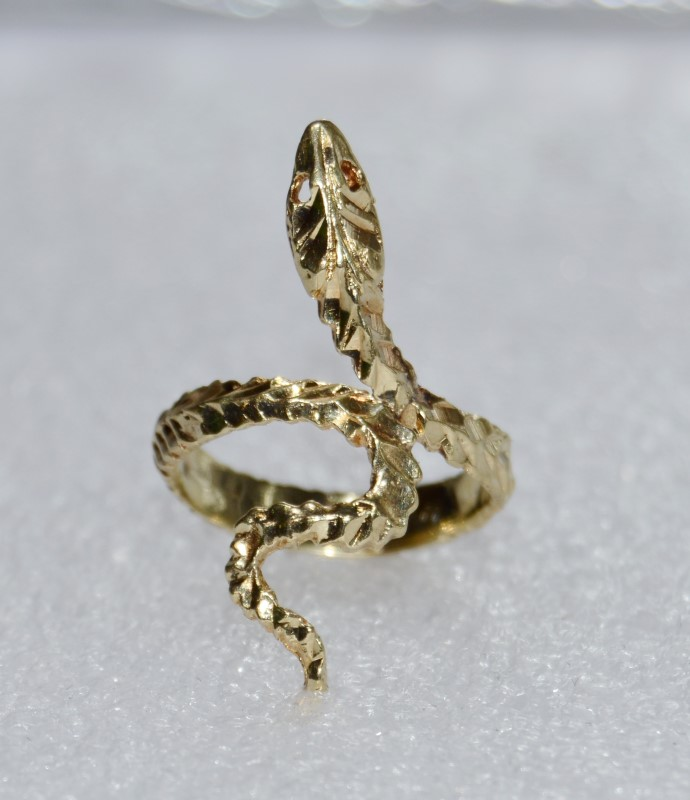 14K Yellow Gold Diamond Cut Snake Serpent Wrap Style Ring Size 7