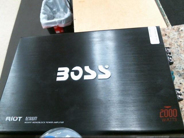 BOSS Car Amplifier RIOT R2400D