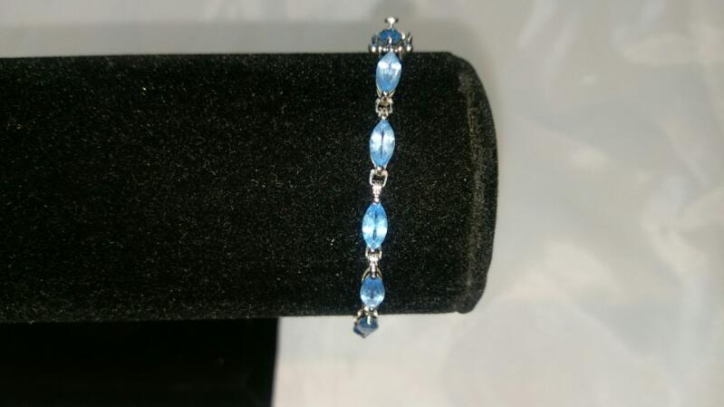 Synthetic Blue Topaz Gold Bracelet 10K White Gold 5.2g