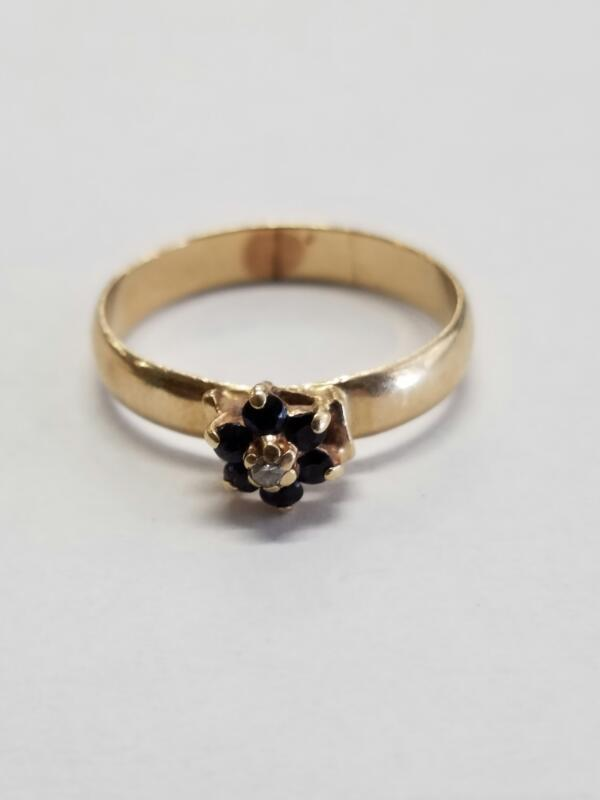 LDS 10KT Black Stone Lady's Stone Ring COLORED STONES 10K Yellow Gold 3.11g