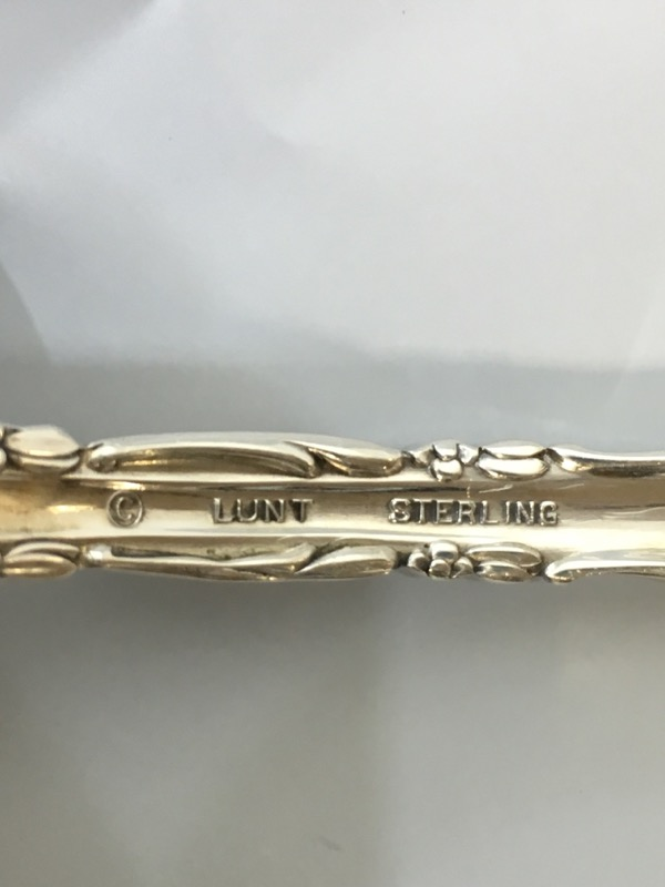 Lunt Madrigal Sterling Silver Pierced Table Spoon c. 1962 66.6g