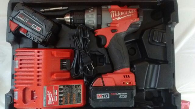 MILWAUKEE Cordless Drill 2603-20