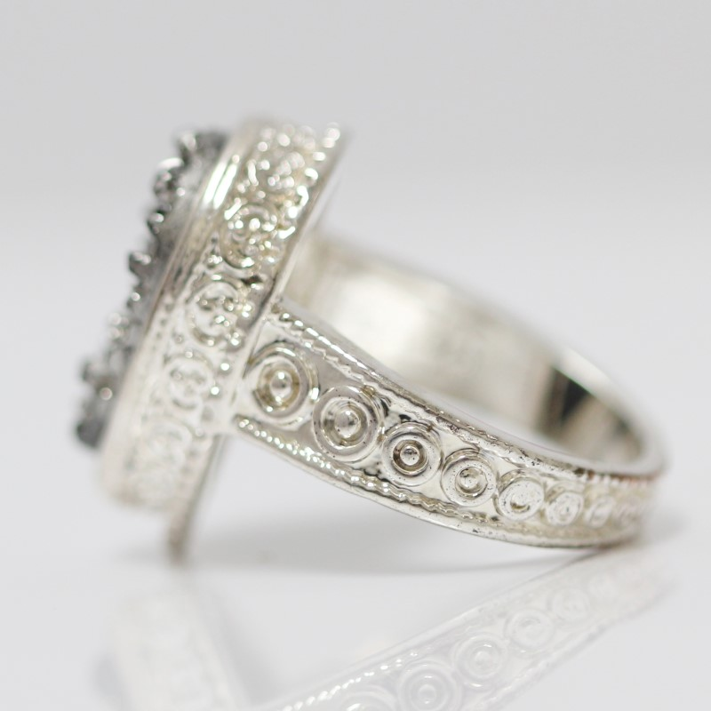 Women's Sterling Silver Halo Bezel & Marcasite Cluster Ring Size 9.25