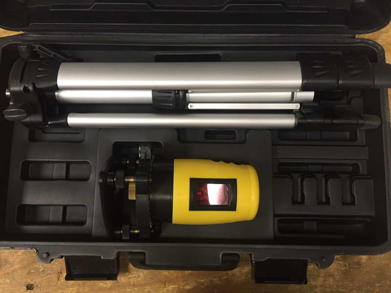 UGT TOOLS SELF LEVELING CONTRACTOR GRADE LASER LEVEL