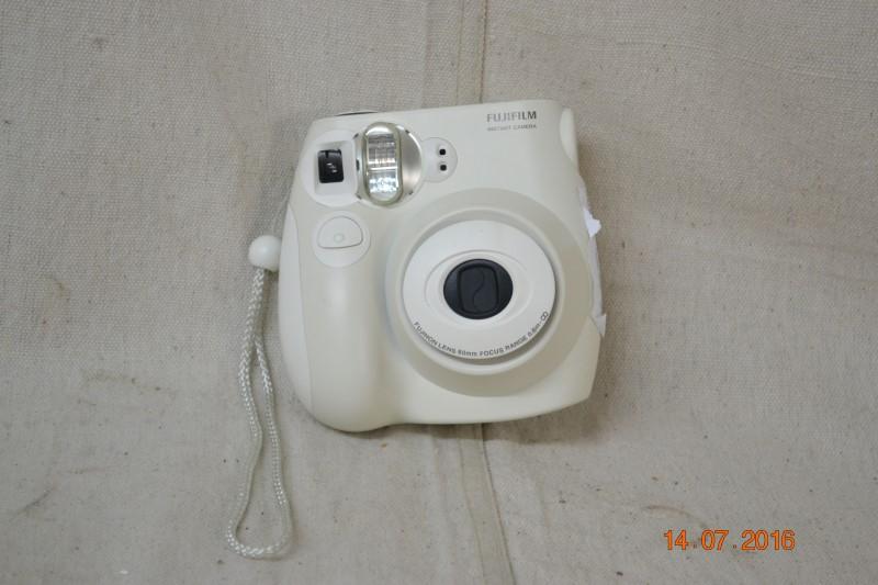 FUJIFILM Digital Camera INSTAX MINI 7S