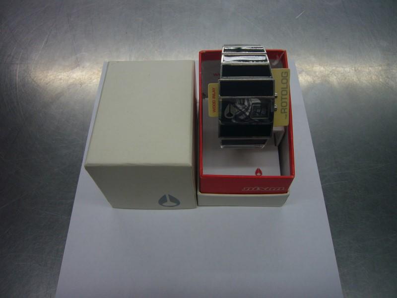 NIXON Gent's Wristwatch THE ROTOLOG