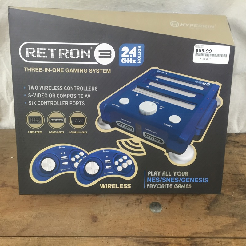 HYPERKIN Game Console RETRON 3