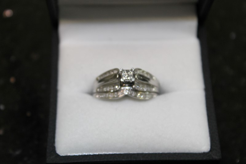 Lady's Diamond Wedding Set 38 Diamonds .50 Carat T.W. 10K White Gold 4.2g