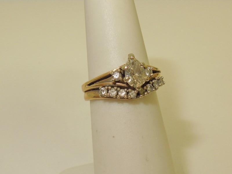 Lady's Gold-Diamond Anniversary Ring 11 Diamonds .75 Carat T.W. 14K Yellow Gold