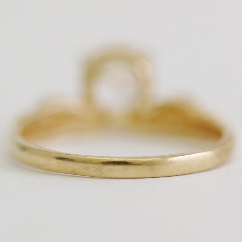 Women's Vintage Inspired Yellow Gold & Round Cut CZ Ring Size 4.75