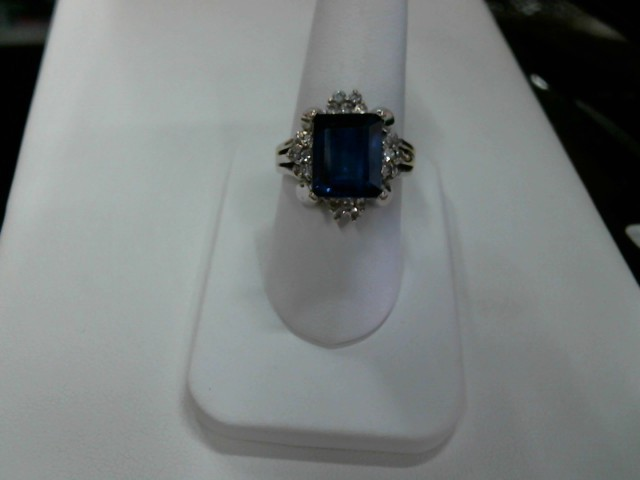 L'S 14KT Blue Stone Lady's Stone Ring CLUSTER RING 14K White Gold 5.7dwt