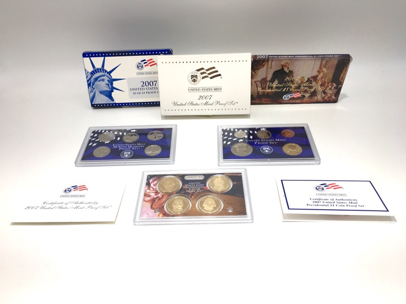 2007 United States Mint Proof Sets - 14 Coins - Box and COA