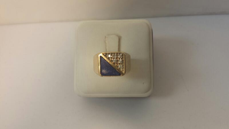 14k Yellow Gold Ring with 6 Diamonds and 1 Blue Stone - 4.5dwt - Size 10.5