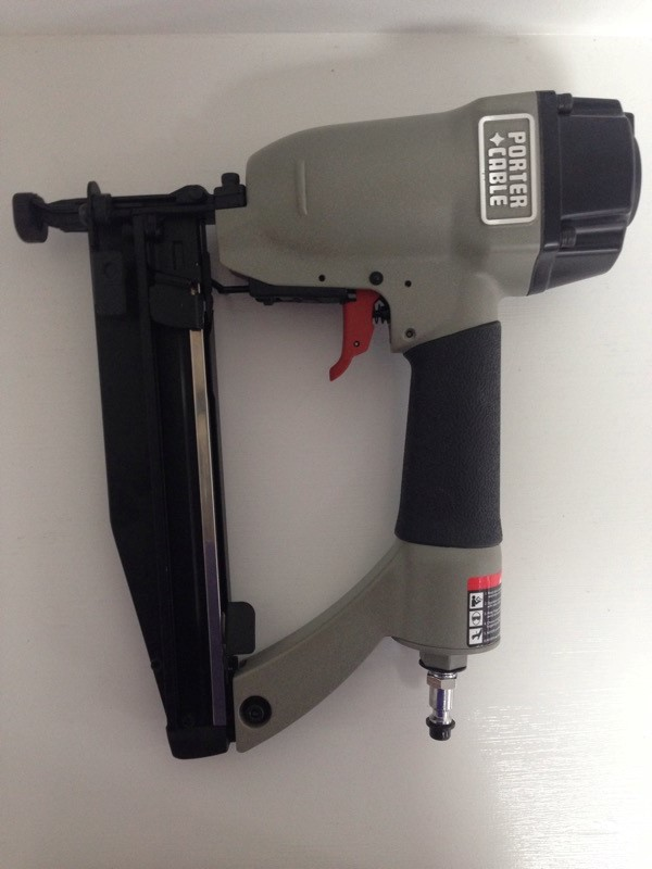 "PORTER CABLE FN250B 3/4""-2 1/2"" 16 Gauge FINISH NAILER"