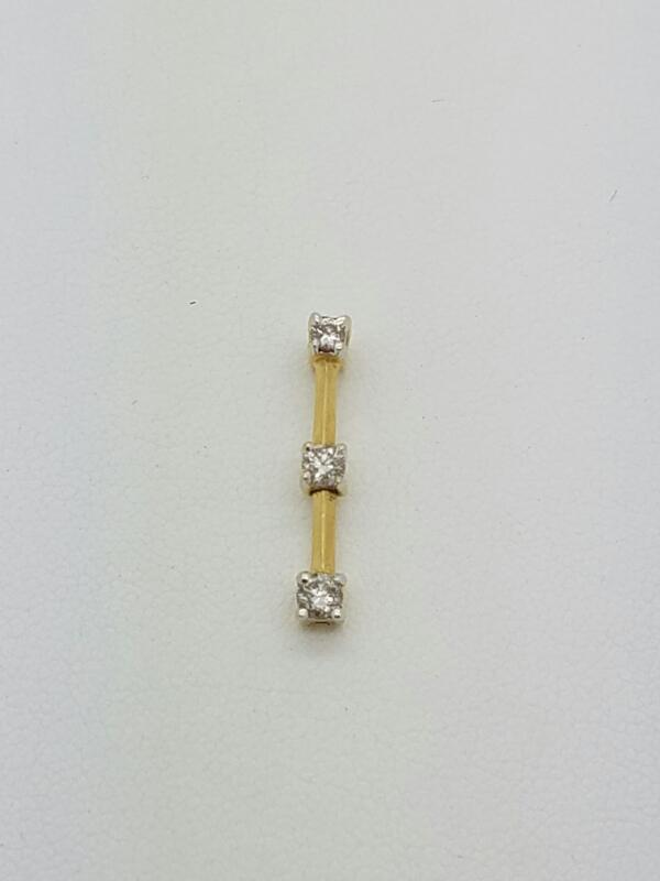 Gold-Multi-Diamond Pendant BAR_W/3_DIAS 3 Diamonds .06 Carat T.W.