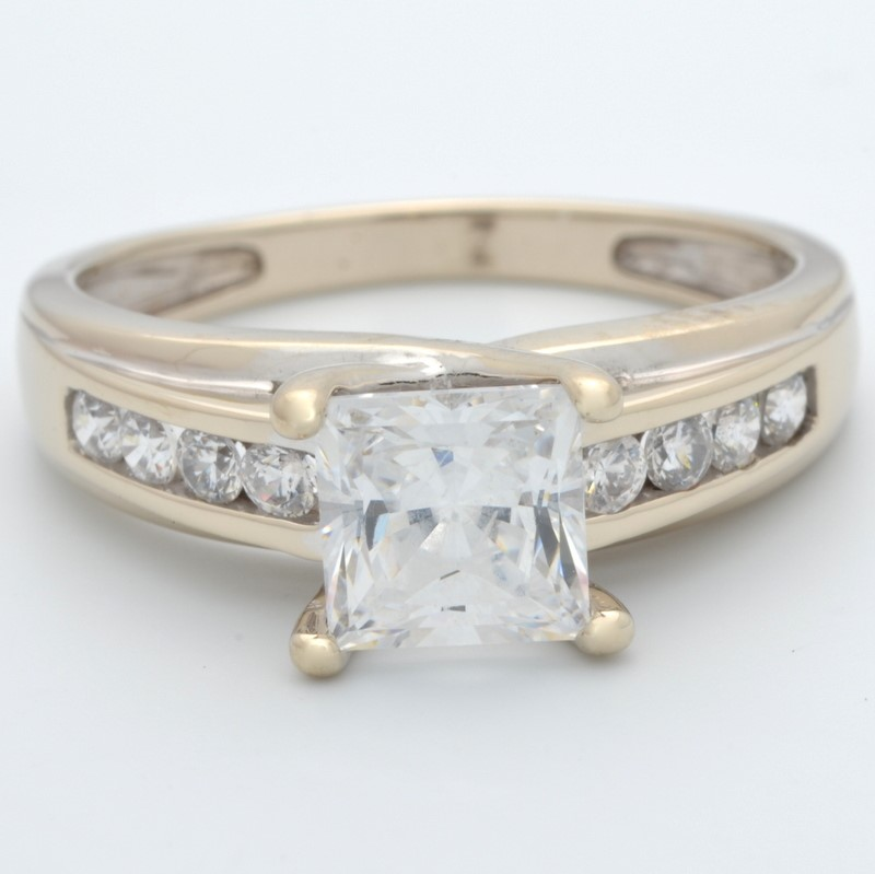 ESTATE SOLID 14K WHITE GOLD RING PRINCESS CUT STONE ENGAGEMENT SZ 8