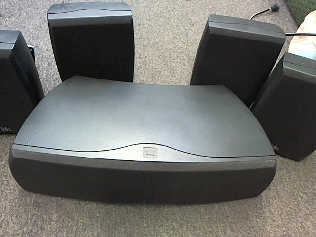 JBL N24 NORTHRIDGE SERIES SURROUND SOUND SPEAKERS (CENTER & 4 SPEAKERS)