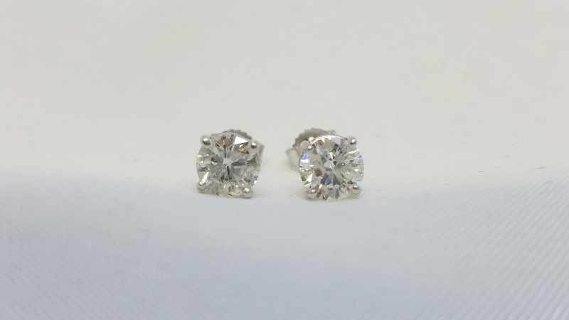 Gold-Diamond Earrings 2 Diamonds 1.18 Carat T.W. 14K White Gold 1g