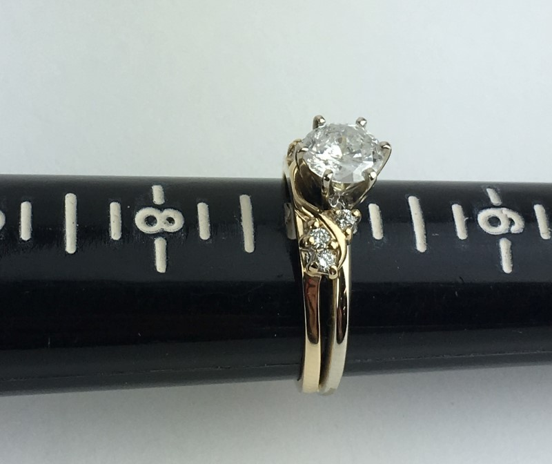 Diamond Engagement Ring 7 Diamonds 1.11 Carat T.W. 14K Yellow Gold 4.56g