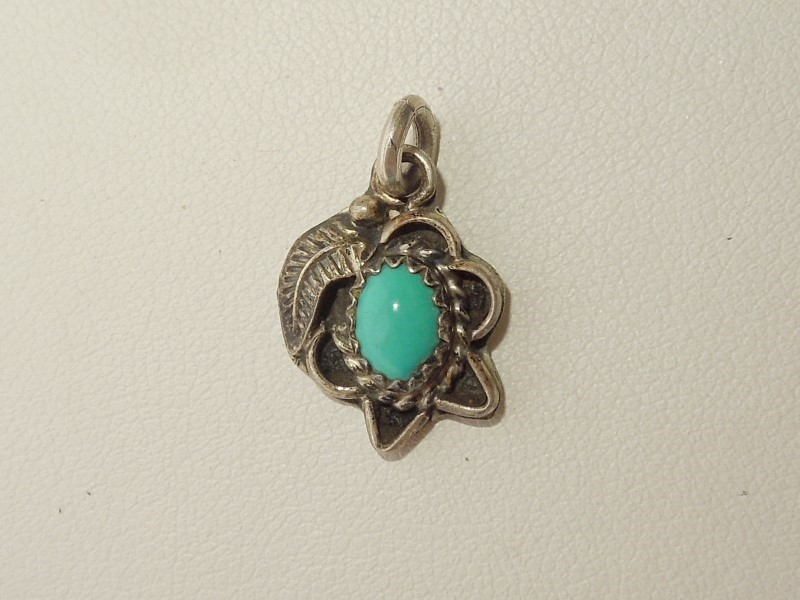 Synthetic Turquoise Silver-Stone Pendant 925 Silver 1.6g