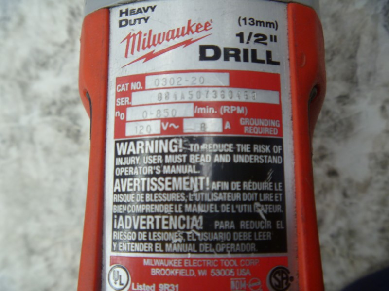 MILWAUKEE 0302-20 8.0-AMP 1/2 IN. CORDED MAGNUM DRILL WITH RED METAL CASE