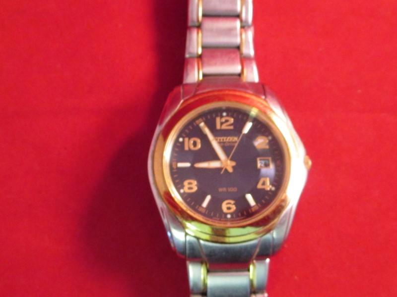CITIZEN Gent's Wristwatch E111-K003644