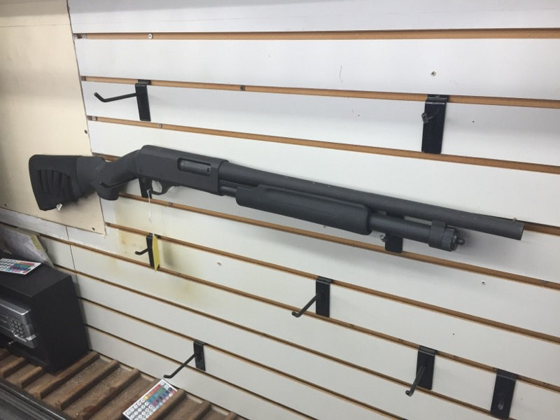 NEW_ENGLAND PARDNER_PUMP SHOTGUN-PUMP  12 GA. IN BAG WITH BOX OF AMMO BLUE