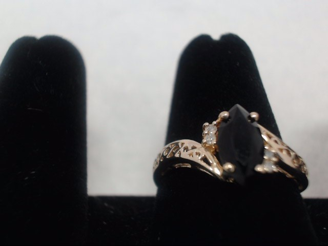 Lady's Gold Ring 14K Yellow Gold 2g