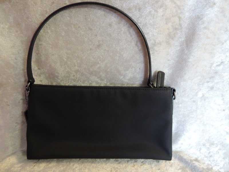 COACH no 7407 Black Microfiber Leather Small Handbag Auth