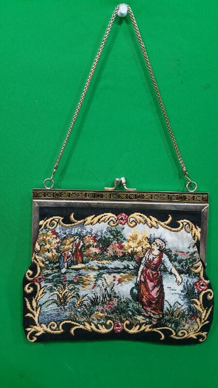 VINTAGE/ANTIQUE Handbag PETIT POINT PURSE Tapestry ...