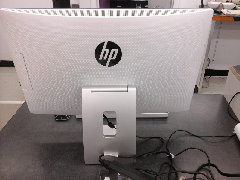HEWLETT PACKARD PC Desktop 23-Q037C