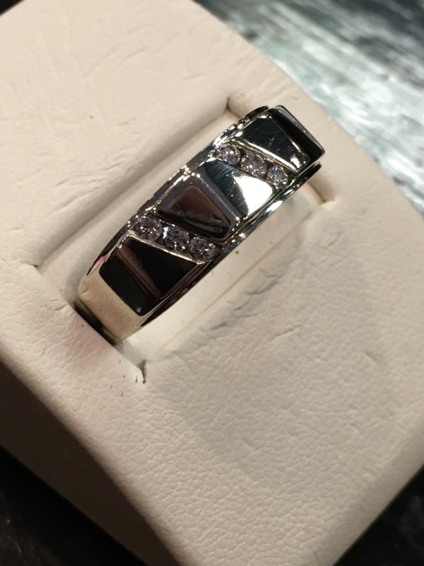 Gent's Gold-Diamond Wedding Band 9 Diamonds .27 Carat T.W. 14K White Gold