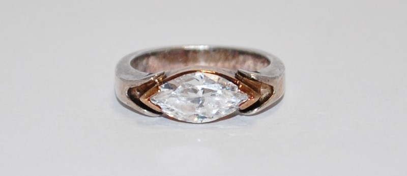 Women's Sterling Silver Bezel & Marquise Cut CZ Ring Size 6.5
