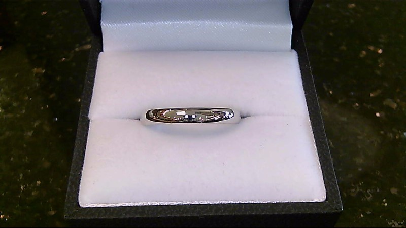 14k white gold sz8 wed band