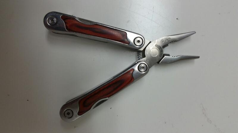 SHEFFIELD 9 FUNCTION, WOOD HANDLED MULTI TOOL