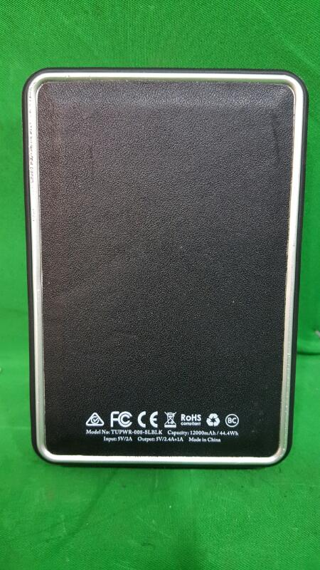 Tumi Portable Phone Charger Leather Black 12000 mAh 2.4 amp TUPWR-008-SLBLK