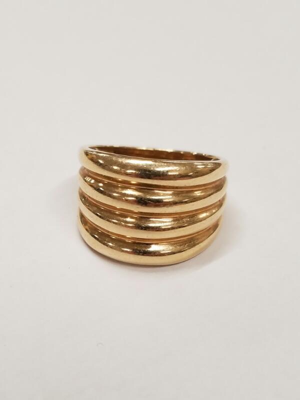 10K_YG Lady's Gold Ring 10K Yellow Gold 3.8g