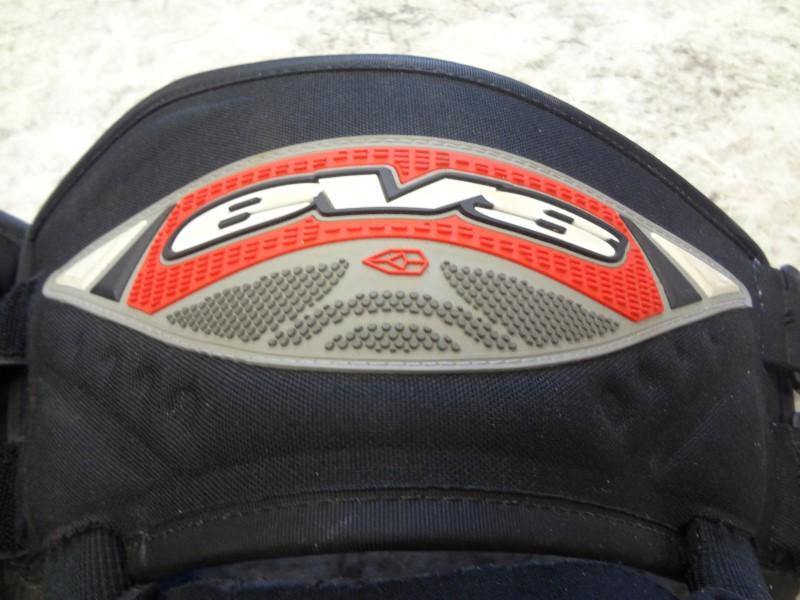 EVS RS7 MOTO. KNEE/SHIN GUARDS (BLACK)