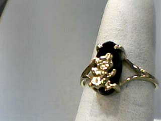 Onyx Lady's Stone Ring 10K Yellow Gold 1.1dwt Size:7