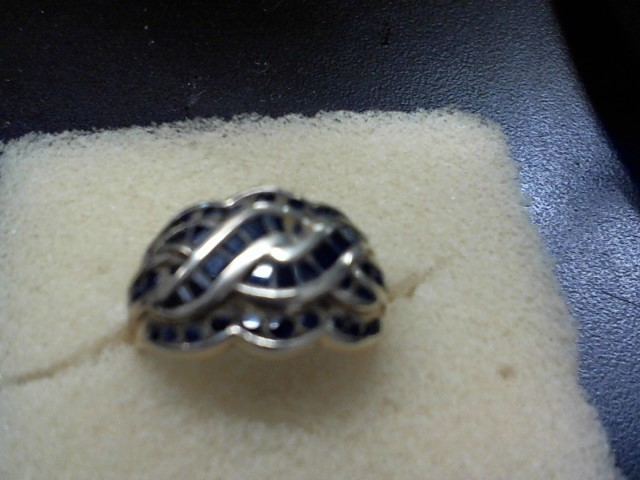 Blue Stone Lady's Stone Ring 10K Yellow Gold 4.7g