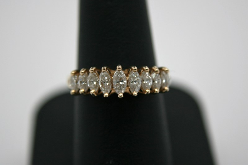 LADY'S FASHION STYLE DIAMOND RING 14K YELLOW GOLD