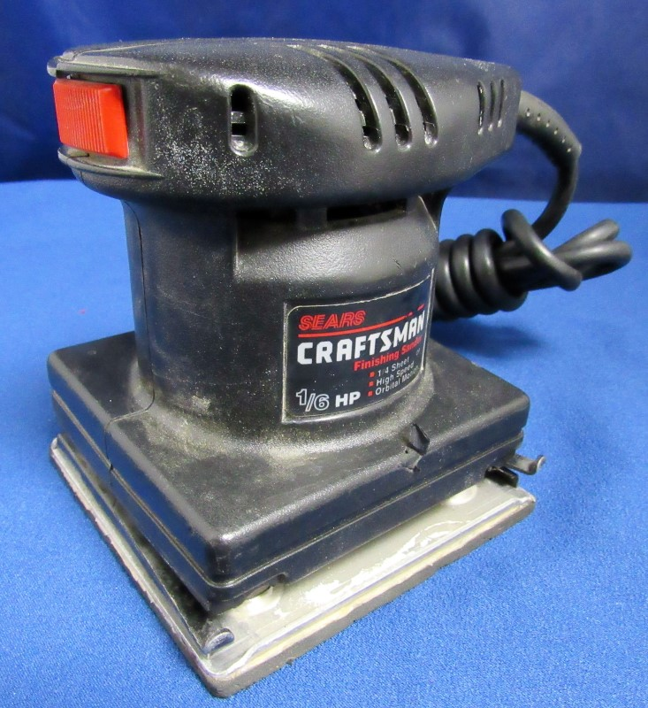CRAFTSMAN FINISHING SANDER 315116021