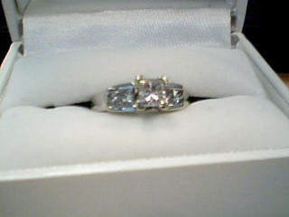 Lady's Diamond Cluster Ring 5 Diamonds 1.35 Carat T.W. 10K White Gold 5.7g