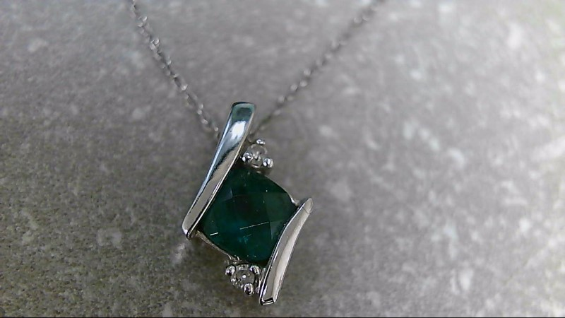 "18"" Synthetic Emerald Stone Necklace 10K White Gold 1.1g"