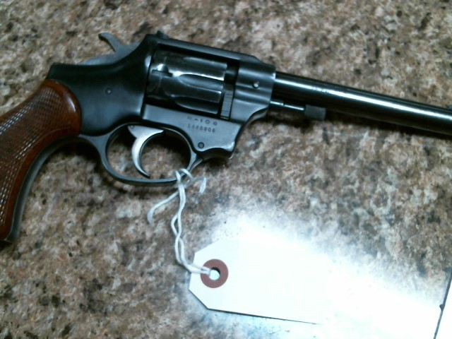 HIGH STANDARD Revolver R-106