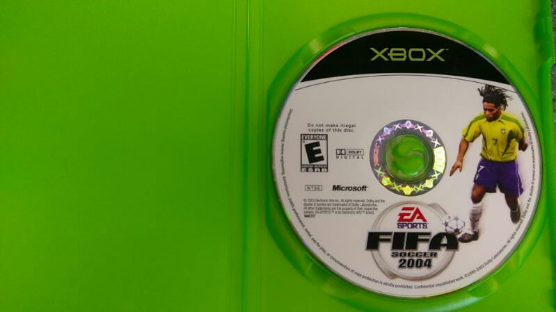 EA SPORTS FIFA SOCCER 2004 XBOX VIDEO GAME