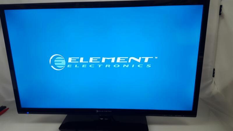 ELEMENT ELECTRONICS Flat Panel Television ELEFT326