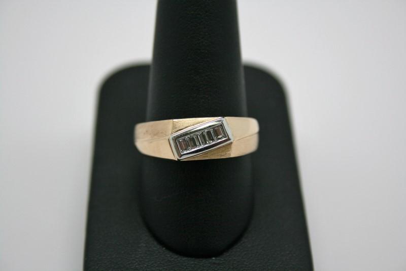 GENT'S DIAMOND RING 14K YELLOW GOLD