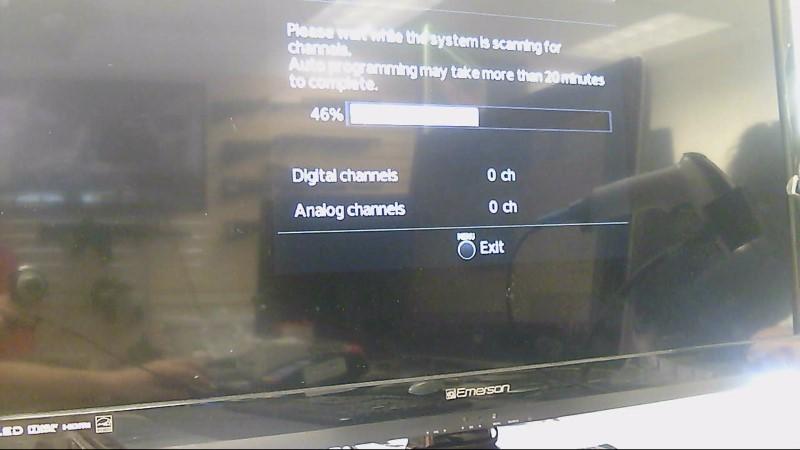 """EMERSON TV 32"""" LF320EM4A"""